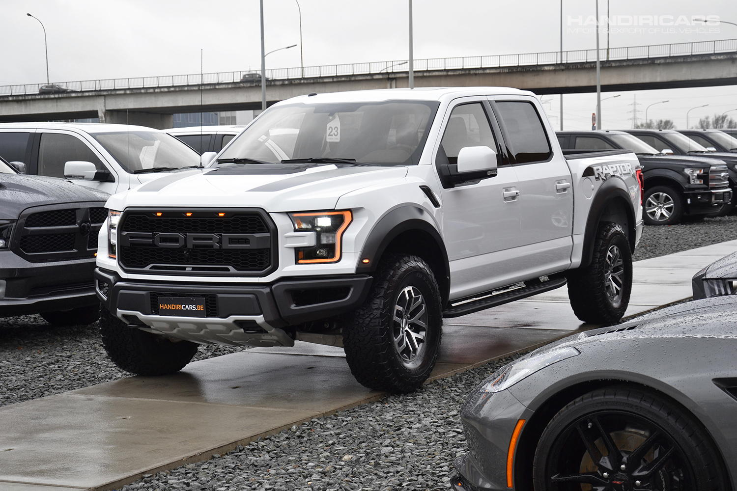 ford f 150 raptor b o play sound system luxury group 802a. Black Bedroom Furniture Sets. Home Design Ideas