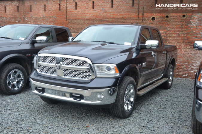 2018 Ram 1500 4WD Crew Cab Laramie in Maximum Steel Metallic